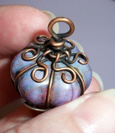 Lanterna Pendant Jewelry Tutorial PDF. $7.00, via Etsy.