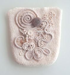 Romanian Point lace ~ tasje vilt, stofversieren