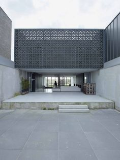 W-House / VMX Architects