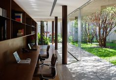 Now this is a home office: Toblerone House by Studio mk27, Brazil