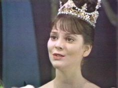 The original Cinderella movie with Leslie Ann Down.  I looked forward to seeing this on tv every year.