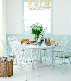 happy dining - love these colors