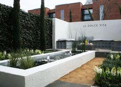 Tuinen on pinterest tuin buxus and hedges - Prieel tuin ...