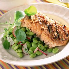 Edamame Salad - South Beach Diet Recipes.  Not the diet, but the salad looks great