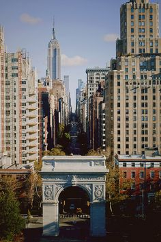 Washington Square Arch & Fifth Avenue, NYC