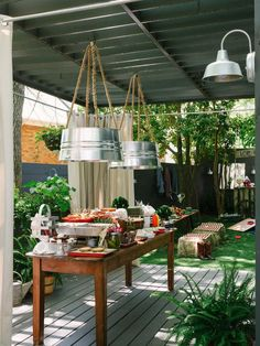How to Host a Backyard Barbecue Wedding Shower >> http://www.diynetwork.com/decorating/how-to-host-a-backyard-barbecue-wedding-shower/pictures/index.html?soc=pinterest