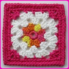 Clusters to Classic square by Robin of crochetnirvana - free crochet pattern