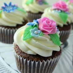 Bright pink roses pink roses, carrot cupcak, pretti food, happi food, cake decor, flower cupcakes, carrots, cupcak decor