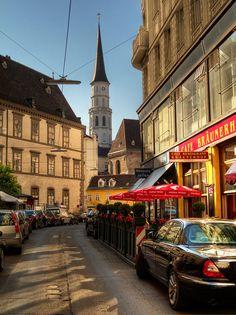 The famous cafe Braunerhot in Downtown Vienna , Austria