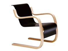 Cantilever chair with wooden armrests 42 - Artek: 42 Armchair designed by Alvar Aalto