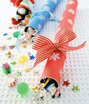 Genius, always wondered what I could do with the wrapping paper tubes.