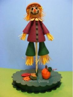 Quilled Scarecrow by DT Sue using the CQ monthly quilling kit.