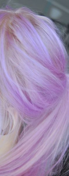 Lilac hair I wanna do under my blonde
