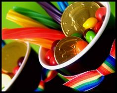 pot of gold, party favors, rainbow treats, idea, st patrick, gold party, paper cups, stpatrick, kid