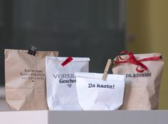 Geschenke Verpackung // Gift wrapping by sperlingB.design via DaWanda.com
