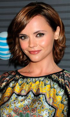 Christina Ricci With A Styled Take On The Bob Hairstyle | Mobile