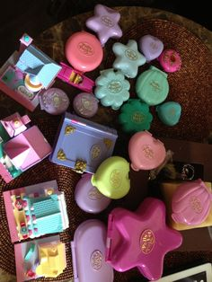 90's toy polly pocket still love them. :3 I had all of these