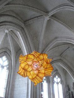 Peter Gentenaar suspended paper sculpture
