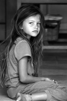 thylane blondeau - prettiest little girl! And of course she's French! :)