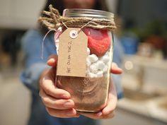 Mason jar chic: Sweet (and tasty) DIY Valentine's Day ideas