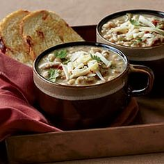 White Chicken Chili (slow cooker)