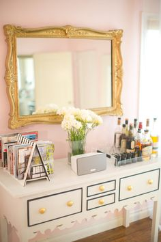 vaniti, cupcake and cashmere, dresser, pink room, cupcakes and cashmere, mirrored buffet table, bar carts, magazin, bedroom designs