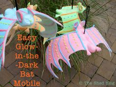 Easy Glow in the Dark Bat Mobile from @petscribbles #ilovetocraft