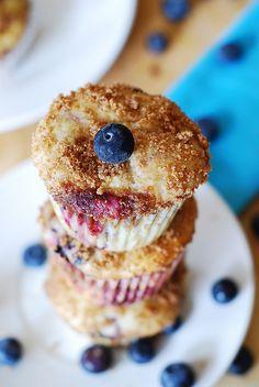 Mixed Berry Greek Yogurt Muffins!