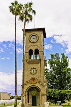 Beale Memorial Tower, Bakersfield, California via Robert Reader