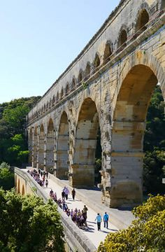 Pont du Gard: the first level of the bridge