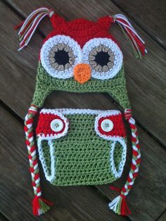 Newborn Baby CHRISTMAS Crochet OWL Red N Green by shayahjane, $30.00