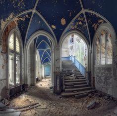 Abandoned Castle - Belgium, via Flickr.