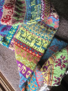 Ravelry: Project Gallery for 'My Favourite Things' Infinity Scarf pattern by Jill McGee ...