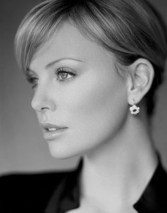 Charlize - perfect short hair style