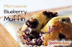 Blueberry Microwave Muffin: Ready in 2 minutes flat! | via @SparkPeople #food #recipe #healthy #snack #breakfast