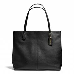 Coach :: KEY ITEMS LEATHER TOTE