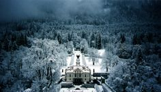 Linderhof Palace in the Winter - how beautiful.....