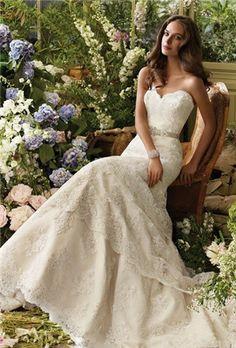 vintage wedding dress #Isthatrosebyrne wedding dressses, dream dress, lace wedding dresses, vintage weddings, vintage wedding dresses, belt, wedding dress styles, gown, lace dresses
