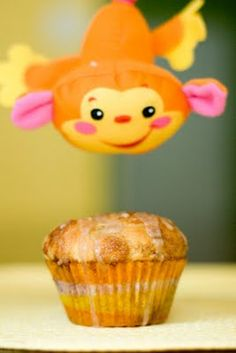 Monkey Bread Cupcakes with Banana and Chocolate from Cupcake Project