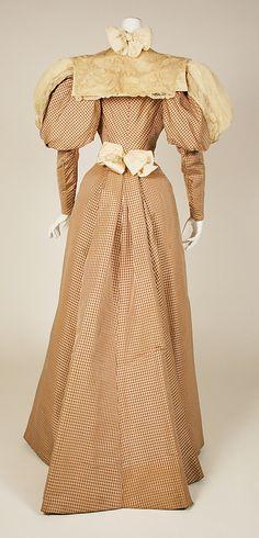 Dress ca. 1890