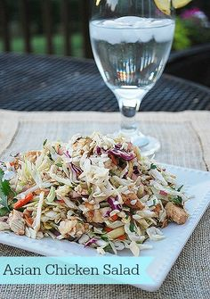Delicious and easy asian chicken salad recipe--perfect for summer!