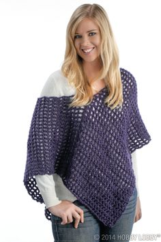 Turn jeans and a t-shirt into a stylish outfit with a DIY poncho. diy poncho