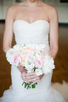 Peach and blush bouquet | Read More: http://www.stylemepretty.com/2014/08/11/rose-gold-wedding-inspiration/ | Photography: Roots Of Life Photography - www.rootsoflifephotography.com | Floral design: asplendidoccasion.com