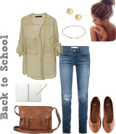24 Great Back to School Outfits, these look great and since I have no fashion sense at all, they will make sure I don't walk into school in sweats and a big comfy sweater;P