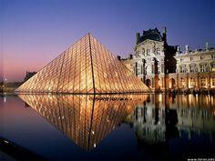 Louvre Aglow, in Paris, France... Soo gorgeous