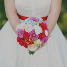 Part two of a 60s inspired italian wedding with a stunning and colorful bouquet.