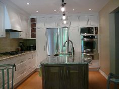 Amazing Oakville Ontario kitchen deigned by expert cabinet maker Tim Singbeil who worked with the owner to create the perfect kitchen - check out some of his other works of art - http://ecoinhabit.com
