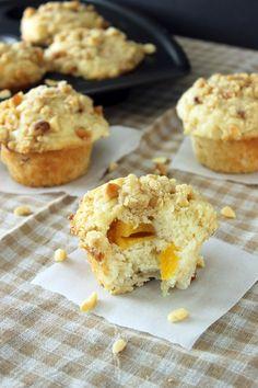 muffins, food, breakfast, bread, nuts, peach muffin, peaches, macadamia nut, nut muffin