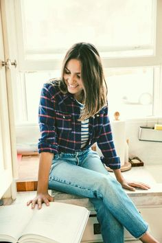 We can't stop swooning over Kate Brien's vintage Levi's look. Get the scoop on how she nails it every time