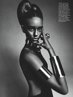 Just Hire A Black Girl: 'Numéro' Magazine Puts White Girl In 'African Queen' Blackface Editorial